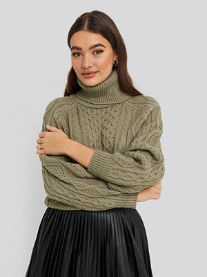 NA-KD High Neck Cable Knitted Sweater grön