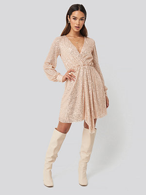 Trendyol Sequined Double Breasted Collar Dress guld