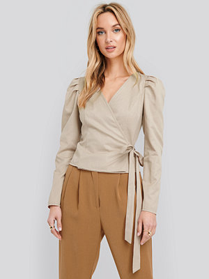 NA-KD Wrap Over Long Sleeve Blouse beige