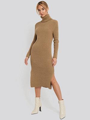 NA-KD Recycled Turtle Neck Split Hem Sweater Dress beige