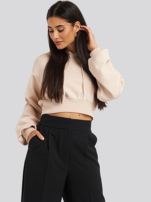 NA-KD Oversized Cropped Hoodie rosa