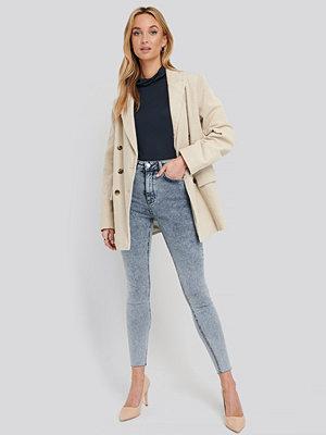 NA-KD High Waist Raw Hem Skinny Jeans blå