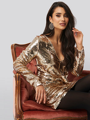 NA-KD Party Knot Detail Sequin Dress guld