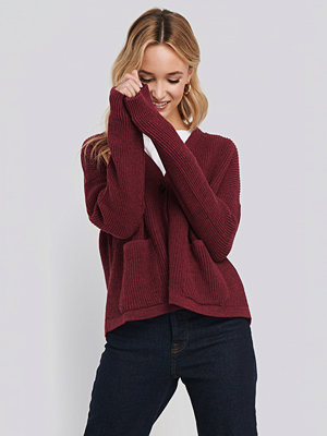 NA-KD Button Up Boxy Cropped Cardigan röd