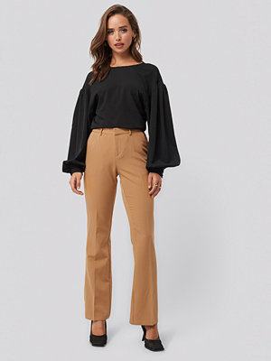 Sisters Point beige byxor Veka Pants brun