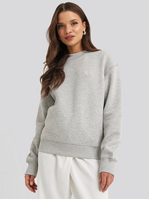 Calvin Klein Embroidery Regular Crew Neck Sweater grå