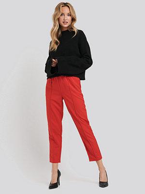 NA-KD röda byxor Elastic Waist Seamline Pants röd
