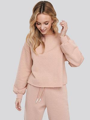 NA-KD Cropped Sweatshirt rosa