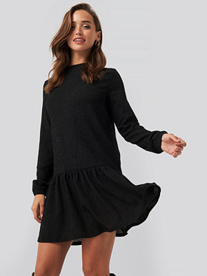 NA-KD Round Neck Jersey Dress svart