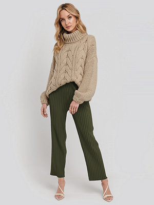 NA-KD Trend randiga byxor Elastic Waist Pleated Pants grön
