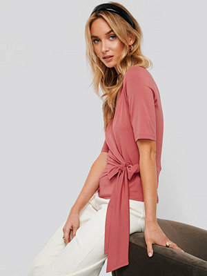 NA-KD Viscose Wrap Tie Top rosa
