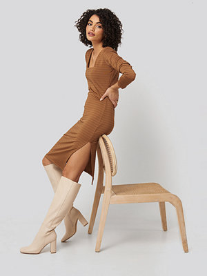 Trendyol Side Slit Textured Knitted Midi Dress brun