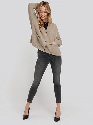 NA-KD High Waist Skinny Cropped Jeans grå