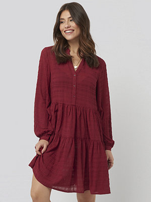 NA-KD Boho Structure A-Line Dress röd