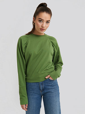 NA-KD Oversized Raglan Sleeve Detailed Sweater grön