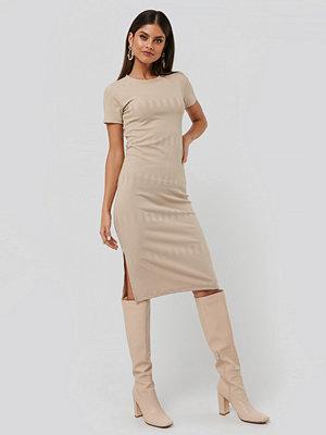 NA-KD Round Neck Knit Dress beige