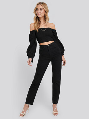 NA-KD Trend Raw Edge Mom Jeans svart