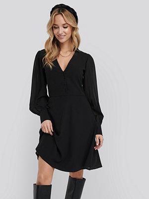 NA-KD Chiffon Shirt Mini Dress svart