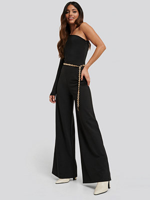NA-KD Party Asymmetric Jersey Jumpsuit svart