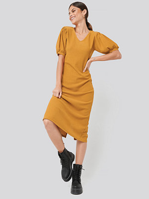 NA-KD Textured Midi Dress orange