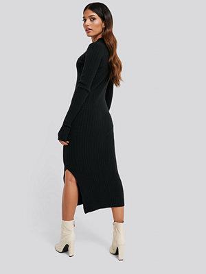 NA-KD Side Split Ribbed Knit Dress svart