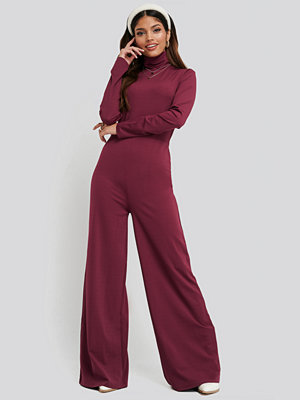 NA-KD Turtle Neck Long Sleeve Jersey Jumpsuit röd