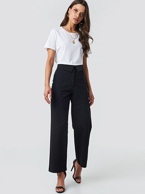NA-KD byxor Turn Down Cotton Blend Pants svart