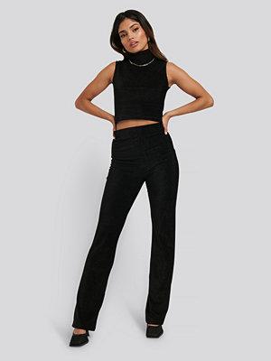 NA-KD svarta byxor Shimmer Detail Pants svart