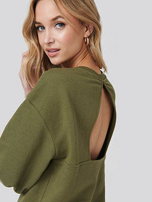 NA-KD Trend Cut Out Oversized Sweatshirt grön