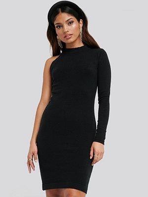 NA-KD Cut Out Mini Dress svart