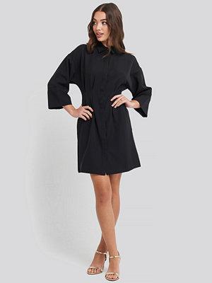 NA-KD A-Line Shirt Dress svart