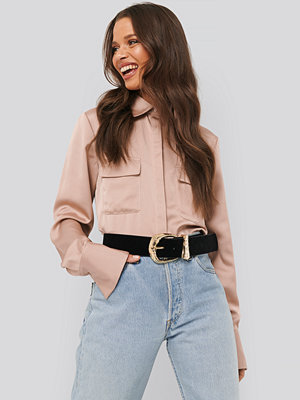 NA-KD Trend Shiny Pocket Shirt rosa