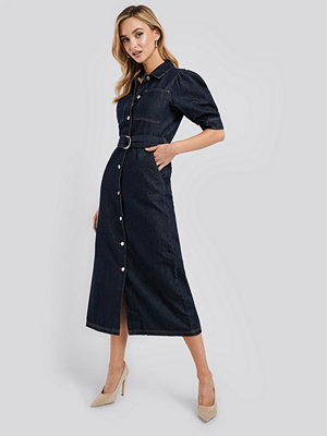 NA-KD Trend Puff Sleeve Belted Denim Dress blå