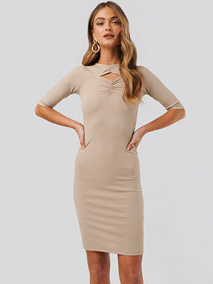 NA-KD Party Chest Detail Dress beige