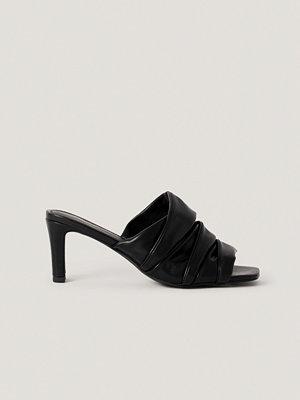 NA-KD Shoes Layered Upper Mules svart