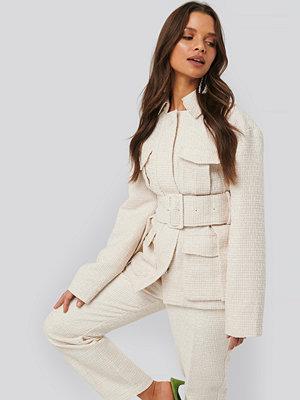 NA-KD Classic Belted Tweed Jacket vit