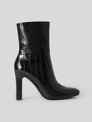 NA-KD Shoes Glossy Reptile Booties svart