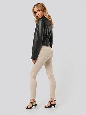 NA-KD High Waist Skinny Denim Jeans beige