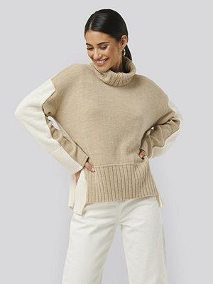 NA-KD Wool Blend Oversized Colour Block Sweater beige