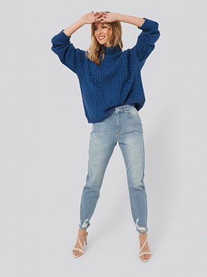 NA-KD Distressed Hem Mom Jeans blå
