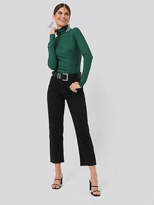 Chloé B x NA-KD Straight Leg Jeans svart