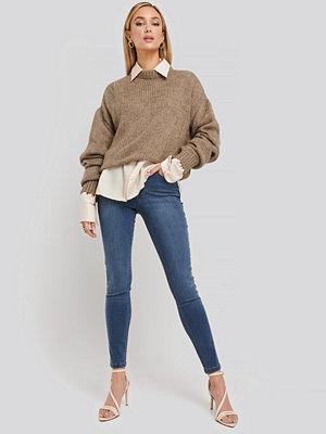 Jeans - NA-KD Front Yoke Skinny Jeans blå