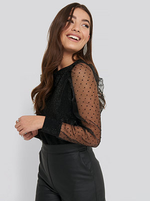 Trendyol Mesh Sleeve Detailed Blouse svart