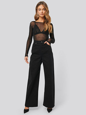 NA-KD Trend Wide Leg High Waisted Jeans svart