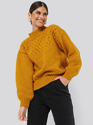 NA-KD Cable Detail Knitted Sweater gul