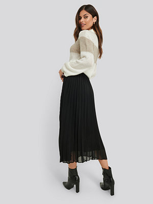 NA-KD Trend Ankle Length Pleated Skirt svart