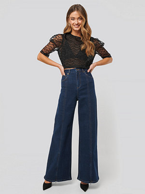 NA-KD High Waist Front Slit Super Wide Jeans blå