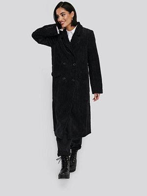 NA-KD Corduroy Coat svart