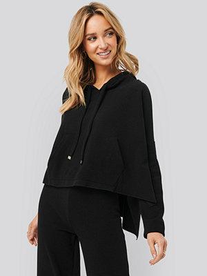Trendyol Hooded Knitted Sweatshirt svart
