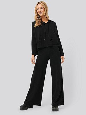 Trendyol svarta byxor Trot Trousers svart